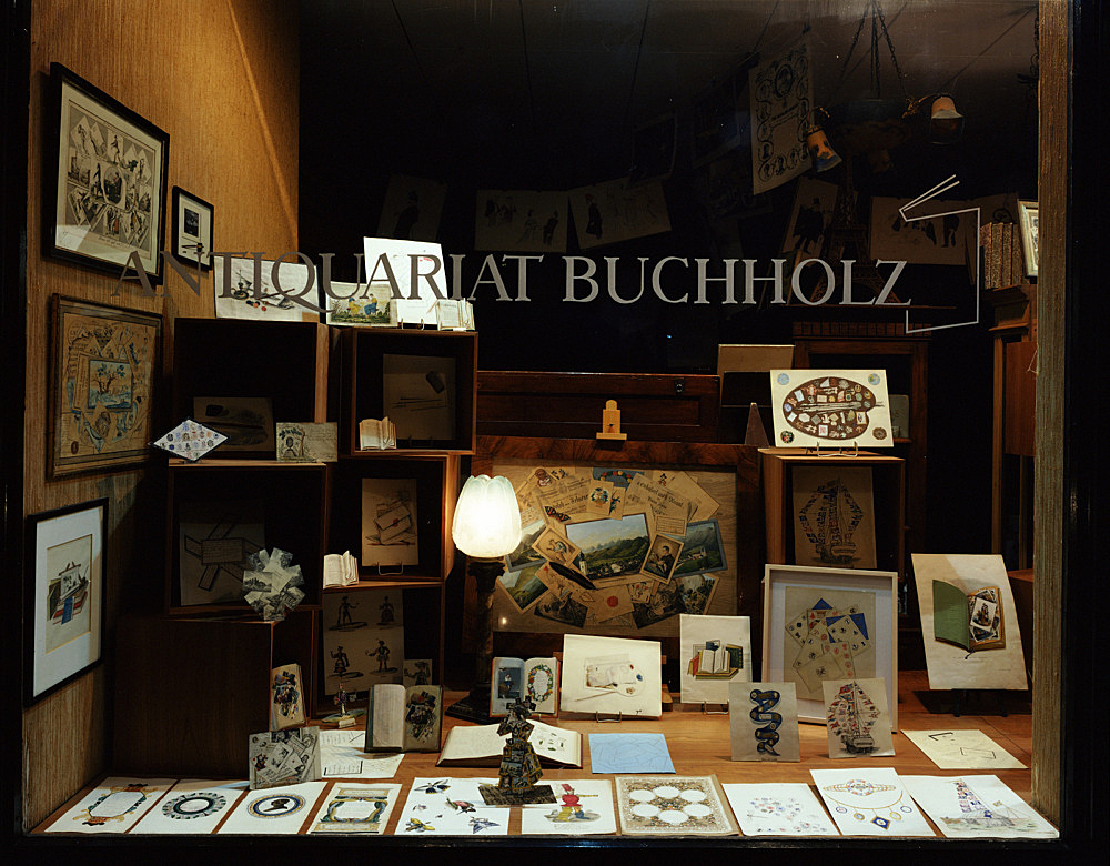 """Quodlibet"" – window display Antiquariat Buchholz, Köln 2004"