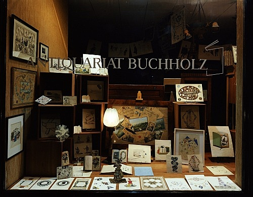 """Quodlibet"" – window display Antiquariat Buchholz, Köln 2004"