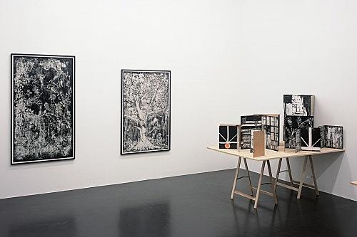 Stefan Thater – installation view Galerie Daniel Buchholz, Köln 2005