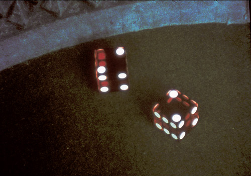 "Morgan Fisher – ""()"", 2003 16mm film, colour/bw, sound, 21′ filmstill"