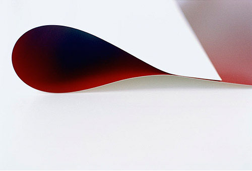 "Wolfgang Tillmans – ""paper drop (red)"", 2006 c-print 143 x 212 cm"