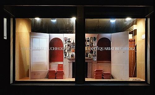 Mark Leckey – window display installation view Antiquariat Buchholz, Köln 2004