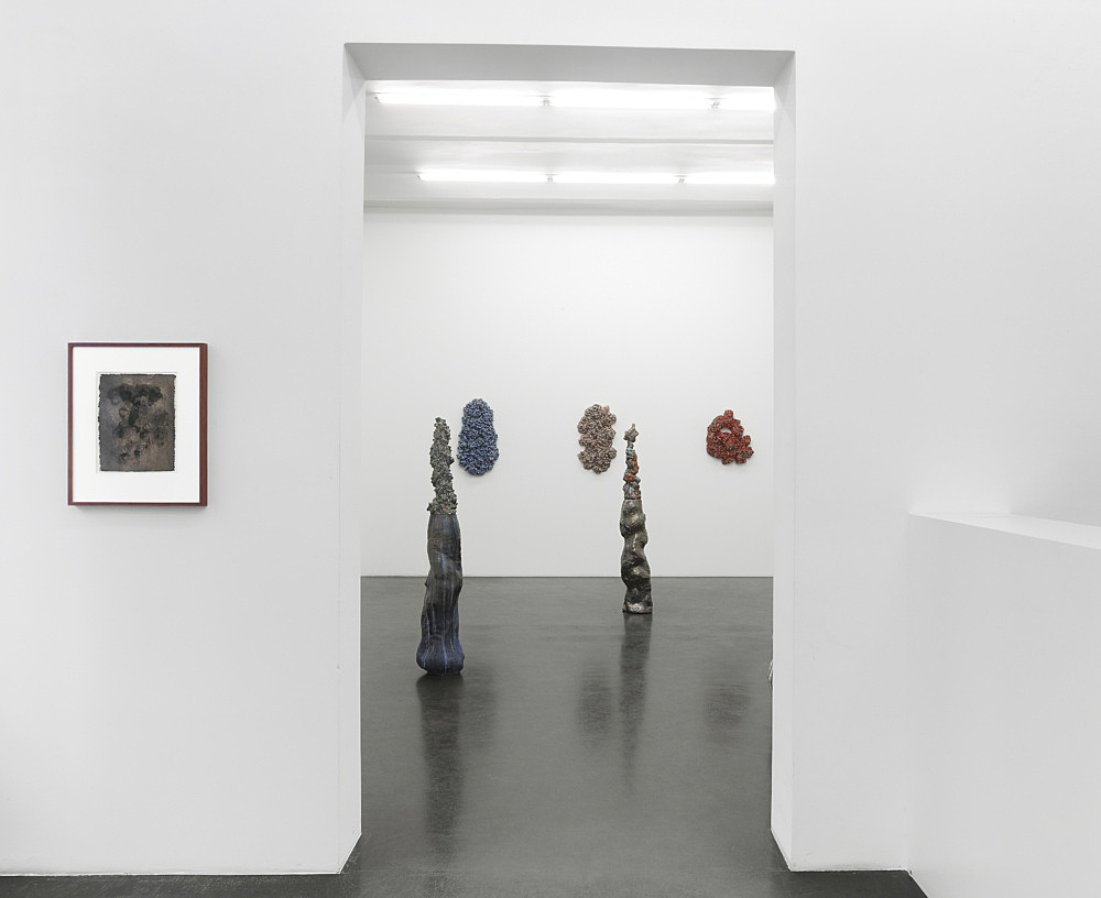 "Cameron Jamie – ""Drawings, Figures and Compression Fracture Paintings"" installation view Galerie Buchholz, Köln 2013"