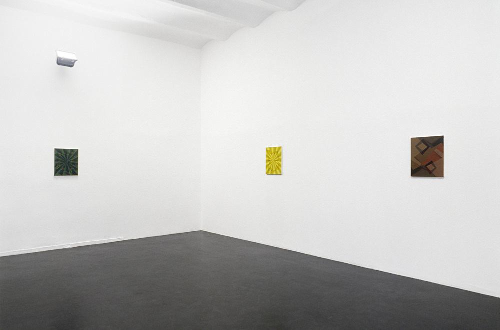 Tomma Abts – installation view, Galerie Daniel Buchholz, Köln 2003