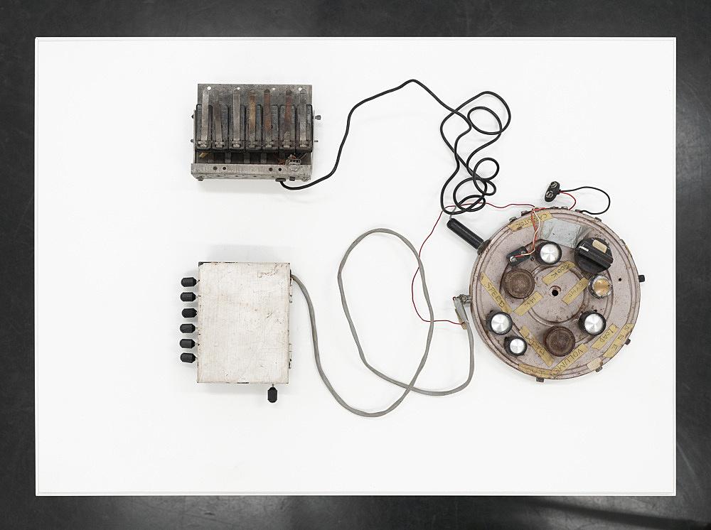 "Tony Conrad – ""Harmonic Keyboard Oscillator"", 1970 electronic devices, wire dimensions variable"