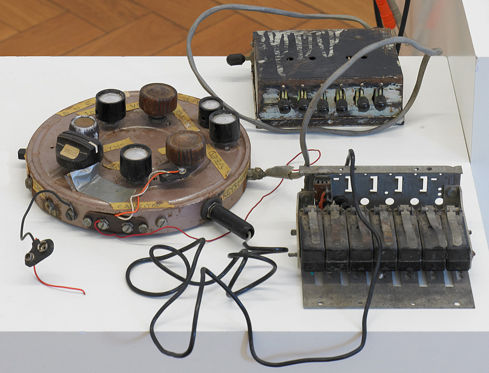 "Tony Conrad – ""Harmonic Keyboard Oscillator"", 1970 electronic devices, wire dimensions variable"