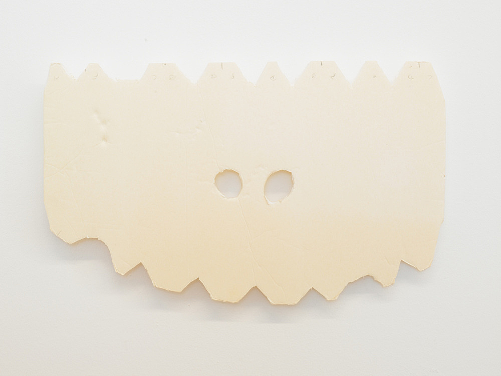 "Tony Conrad – ""Piano Player"", 2009 foam core 28,8 x 47,8 x 0,6 cm"