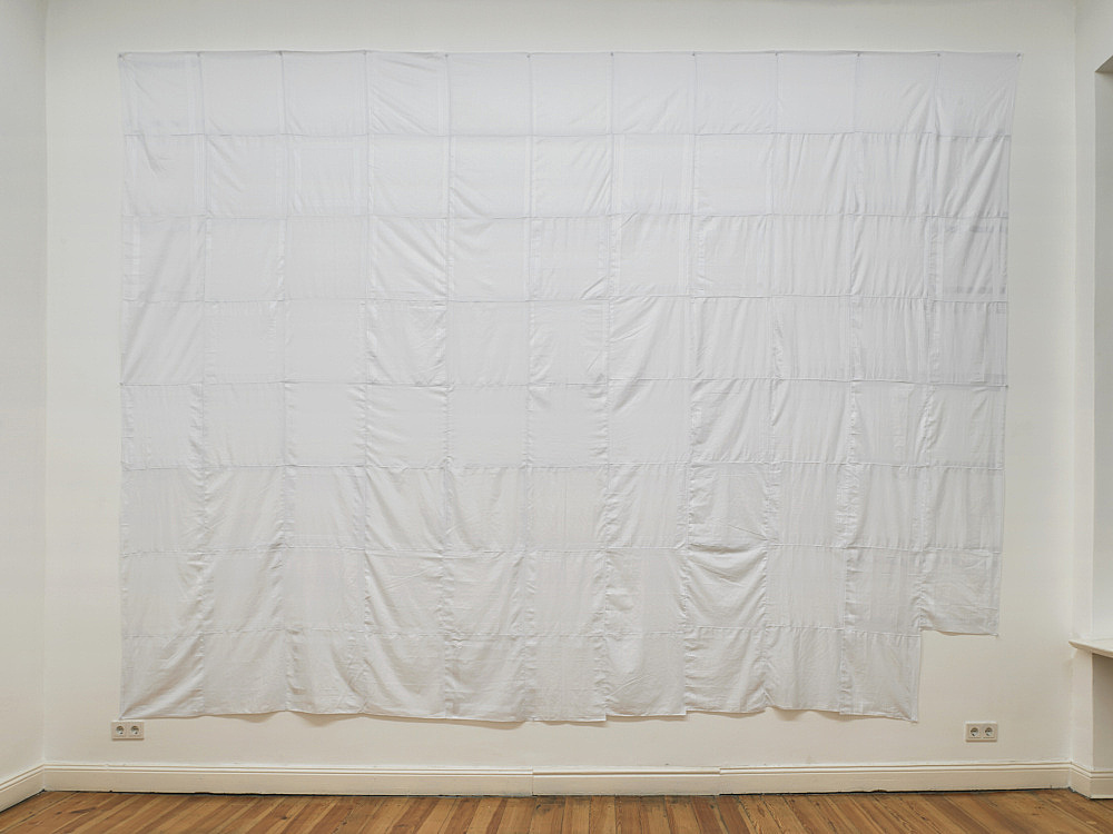 Cosima von Bonin – 87 MEN'S HANDKERCHIEFS (GHOST VERSION), 2011 87 men's handkerchiefs sewn together 315 x 420 cm