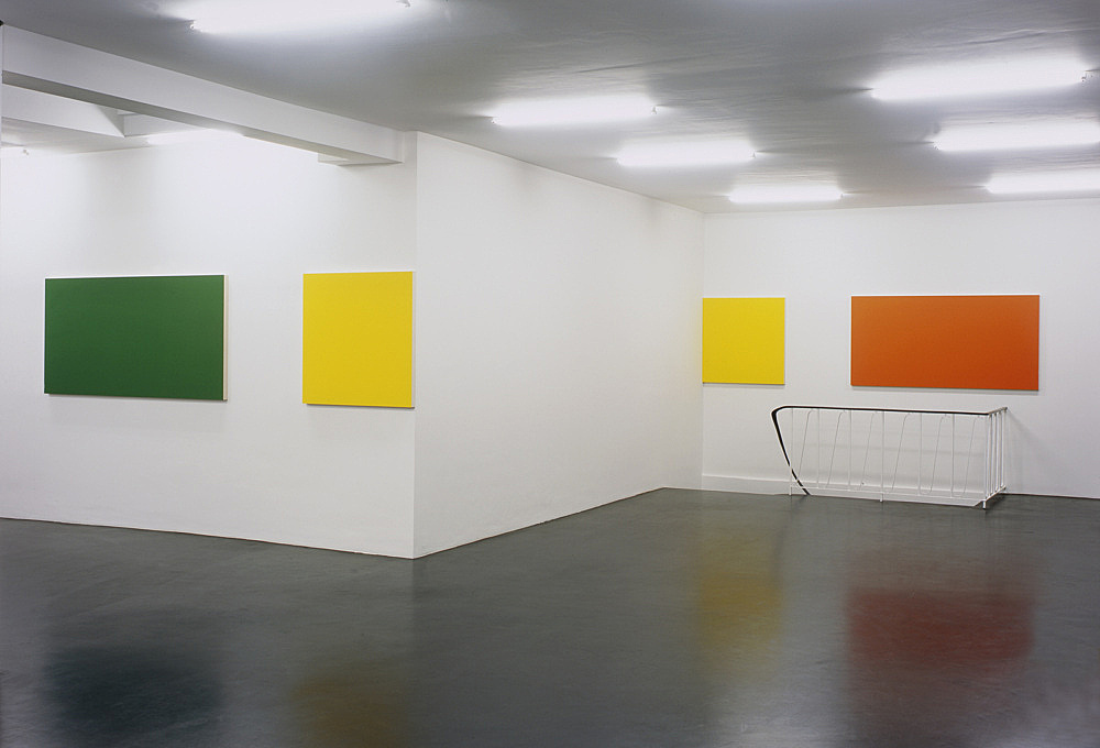 "Morgan Fisher – ""Pendant Pair Paintings"" installation view Galerie Daniel Buchholz, Köln 2007"