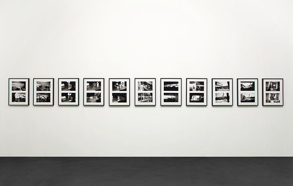"""Isa Genzken – """"Arriving in New York (trailer for a film)"""", 2001 22 b/w-photographs in 11 frames each 20 x 30,5 cm each frame 57,5 x 44 cm"""