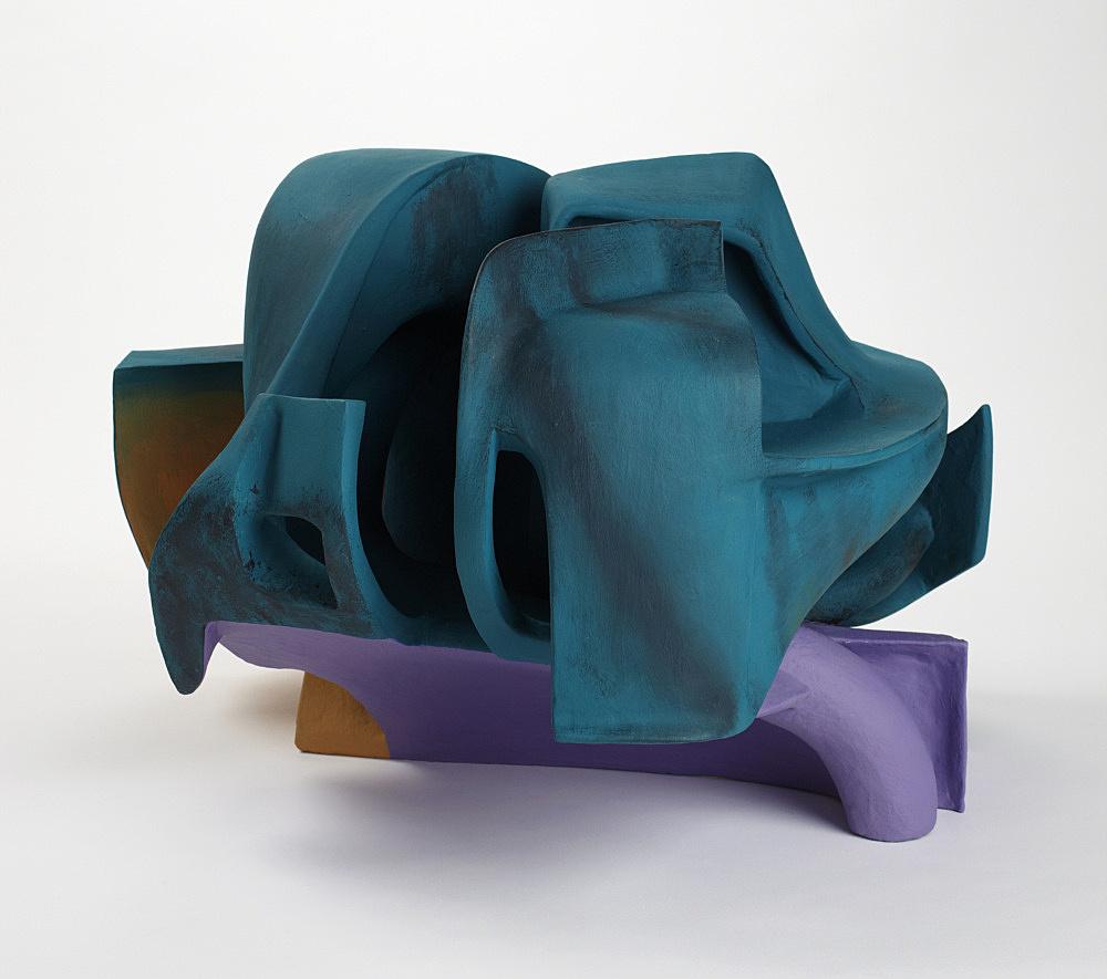 Vincent Fecteau – Untitled, 2011 gypsum cement, resin clay, acrylic paint 40,6 x 61 x 60 cm