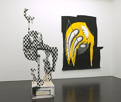 Aaron Curry – Installation view, Galerie Daniel Buchholz 2008