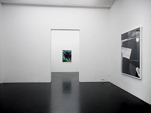 """Eileen Quinlan – """"Puccio Onyx"""" installation view Galerie Daniel Buchholz, Köln 2008"""