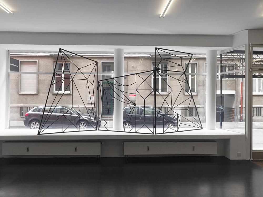 "Julian Göthe – ""Don't Look Now 2"", 2008 3 parts, powder coated steel 210 x 480 cm installation view Galerie Buchholz, Köln 2011"