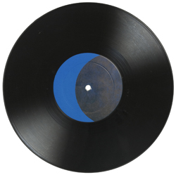 """Jack Goldstein – """"A Suite of five 10-inch Records with colored Labels in Place of Titles"""", 1979 black 10 inch vinyl, colored labels designed by the artist Ø 25 cm detail"""