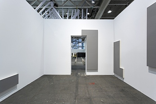 "Morgan Fisher – ""Door and Window Paintings"", 2002 6 parts, acrylic on cotton on wood dimensions variable installation view Art Unlimited, Galerie Daniel Buchholz, Basel 2008"
