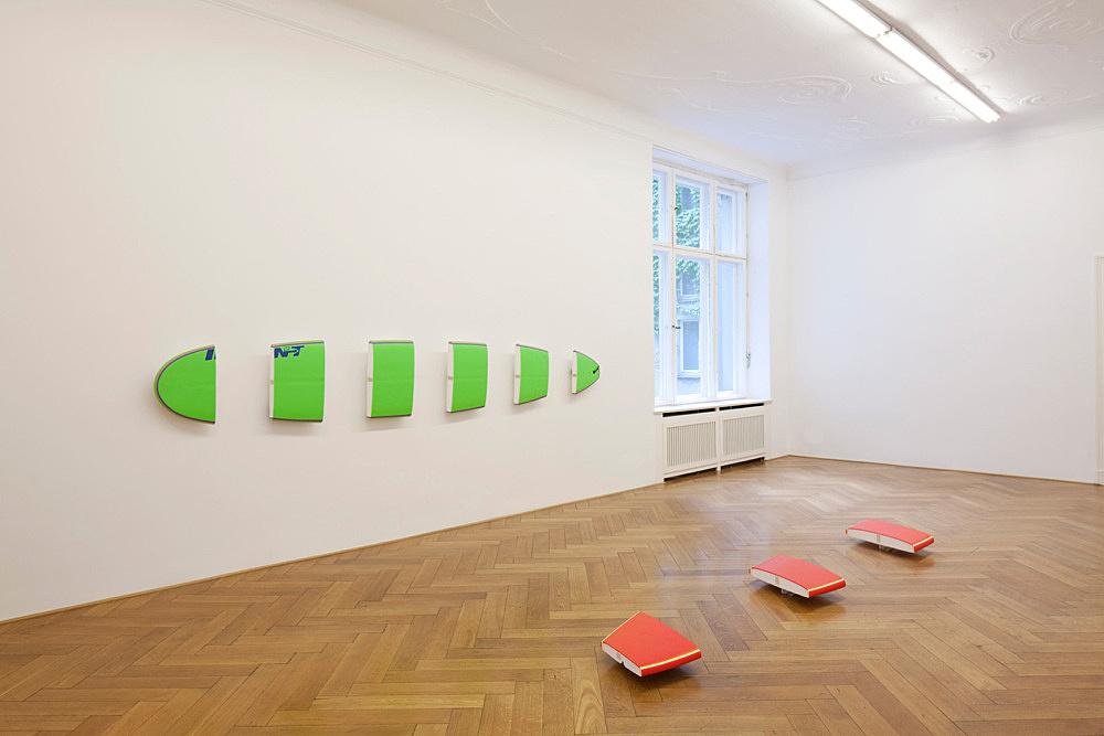 "Michael Krebber – ""Miami City Ballet"" installation view Galerie Daniel Buchholz, Berlin 2010"