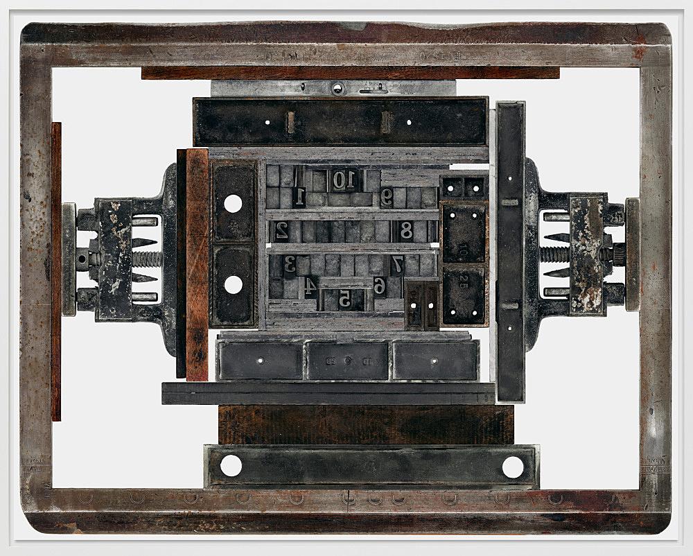 """Sam Lewitt – """"Paper Citizen 01-10"""", 2011 chromogenic print mounted on aluminum 126.3 x 161 cm"""