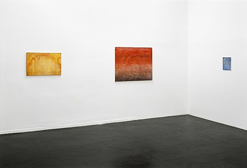"Silke Otto-Knapp – ""25th Floor"" installation view Galerie Daniel Buchholz, Köln 2003"