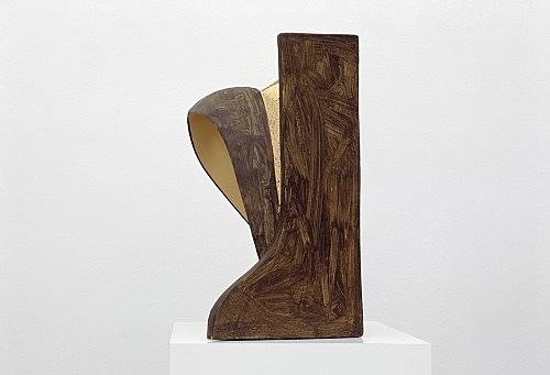 Vincent Fecteau – Untitled, 2006 papier-mâche 55,5 x 57 x 29 cm
