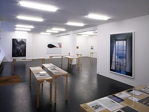 "Wolfgang Tillmans – ""paper drop"" installation view, Galerie Daniel Buchholz, Elisenstraße 4-6, Köln 2007"