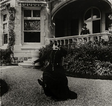 "– ""The garden of the Roussel family house in Neuilly"", ca. 1900 b/w photograph"
