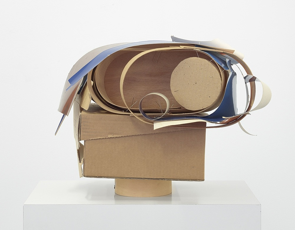 Christophe Verfaille – Untitled, o.J. paper, cardboard, wood and metal 35 x 32 x 21 cm