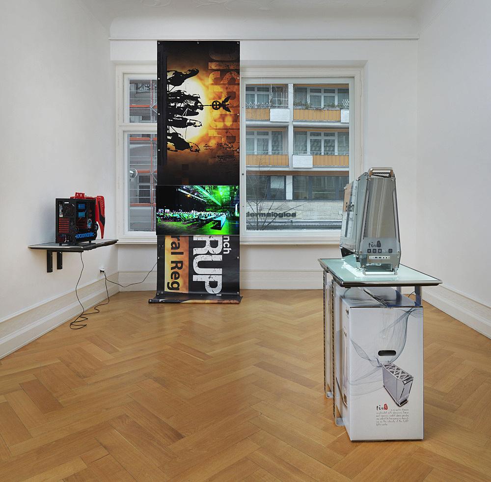 "Simon Denny – ""Disruptive Berlin"" installation view Galerie Buchholz, Berlin 2014"