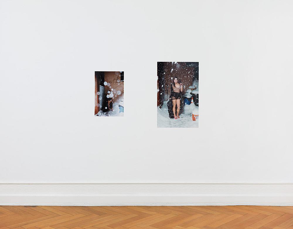 """Stewart Uoo – """"No Tears in Rain"""" installation view Galerie Buchholz, Berlin 2014"""