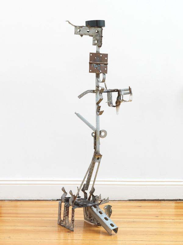 "Lutz Bacher – ""Ash Tray"", 2013 metal, plastic 107 x 66 x 33 cm"