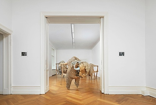 """Lutz Bacher – """"Homer"""" installation view Galerie Buchholz, Berlin 2014"""