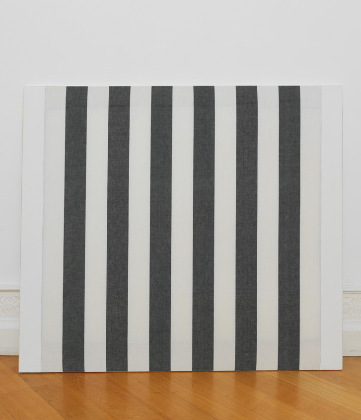 "Daniel Buren – ""TII-338"", 1966 white acrylic paint on black and white striped textile, alternating and vertical with a width of 8,7 cm 116 x 132,5 cm"