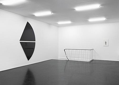 Liz Deschenes / Florian Pumhösl – installation view Galerie Buchholz, Köln 2014