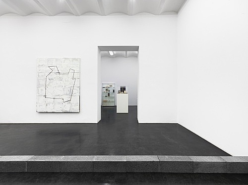 "– ""Ma-re Mount"" installation view Galerie Buchholz, Köln 2014"