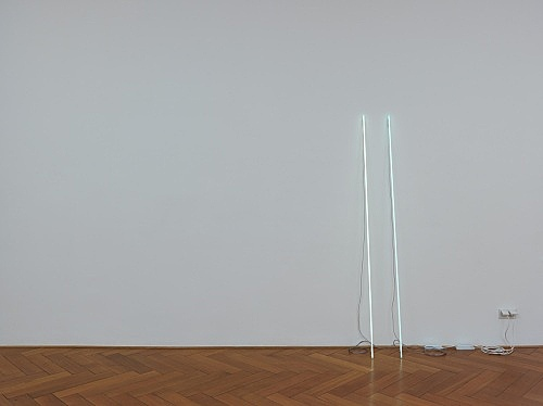 Cerith Wyn Evans – c=l=e=a=v=e installation view Galerie Buchholz, Berlin 2015