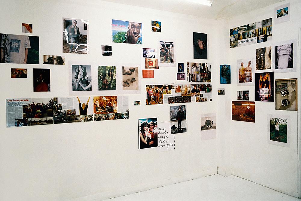 Wolfgang Tillmans – installation view Buchholz + Buchholz, Köln 1993