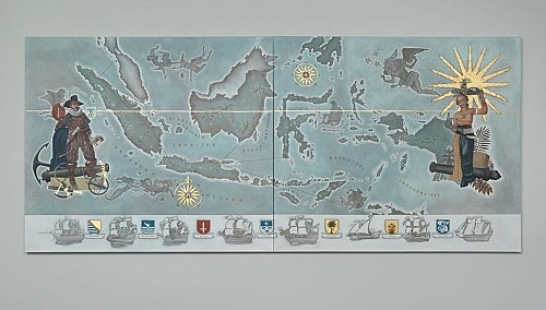 "Lucy McKenzie – ""Map of the Dutch East Indies"", 2015 oil and gold leaf on canvas 2 parts, each 200 x 220 x 2,5 cm installation view Galerie Buchholz, Berlin 2015"