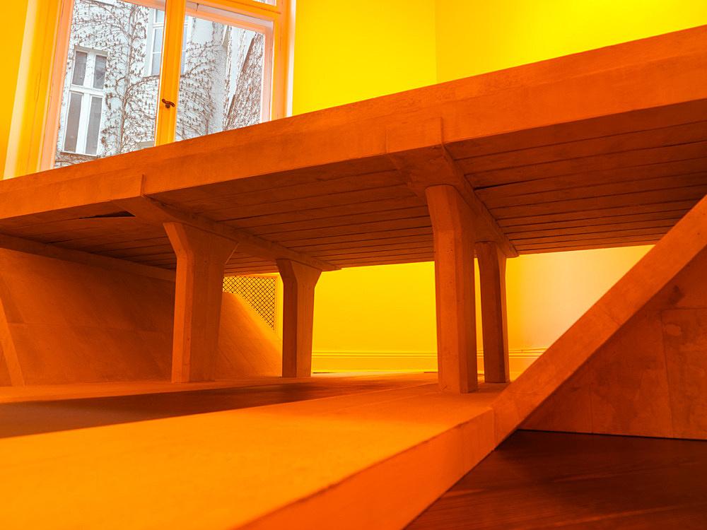 "Mark Leckey – ""Bridge #1"", 2014 print on cardboard 46.5 x 200 x 200 cm installation view Galerie Buchholz, Berlin 2016"
