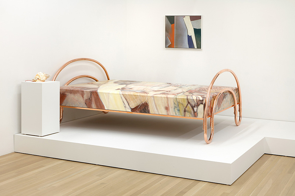 """Lucy McKenzie – """"Serrancolin Bed"""", 2015 oil on canvas stretched on MDF, copper 86 x 144 x 207 cm & """"Shell Light"""", 2015 shell, light-bulb, cable 12 x 22 x 15 cm & """"Serrancolin abstract"""", 2015 oil on canvas in artist frame framed 52,5 x 62 x 4 cm installation view Galerie Buchholz, New York 2016"""