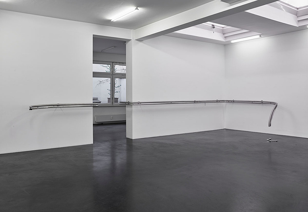 "Anne Imhof – ""Restraint"", 2016 polished stainless steel dimensions variable installation view Galerie Buchholz, Köln 2016"