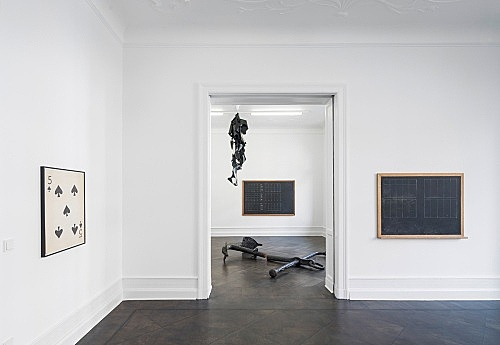 Lutz Bacher – installation view Galerie Buchholz, Berlin 2016