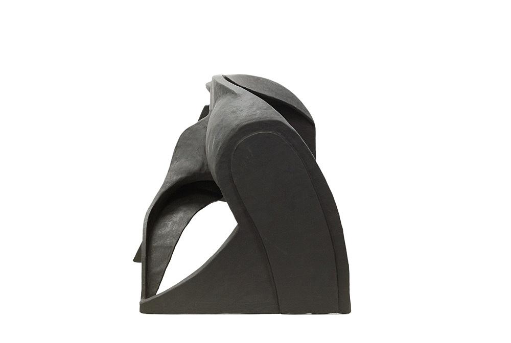 Vincent Fecteau – Untitled, 2006 papier-maché, acrylic 50 x 78 x 40 cm