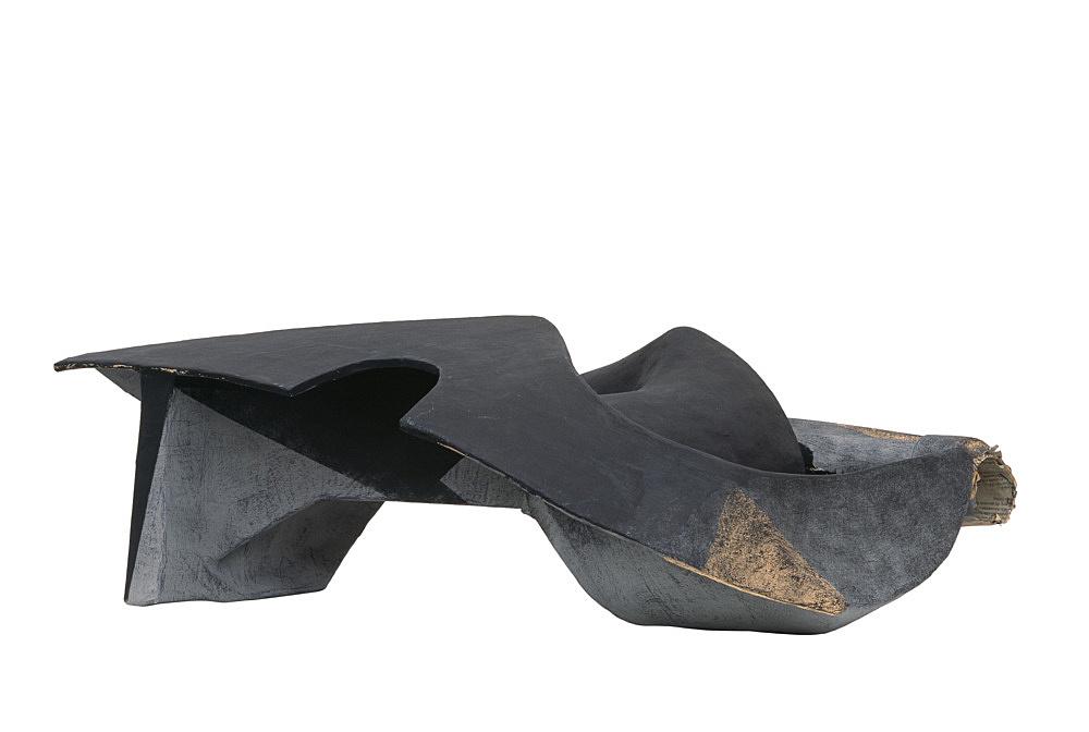 Vincent Fecteau – Untitled, 2006 papier-maché, acrylic 27 x 78 x 43 cm