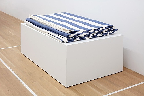 "Daniel Buren – ""Peinture-Sculpture"", 1971 paint on white and blue striped cotton canvas 20 x 10 meters installed, folded 15 x 130 x 89 cm"