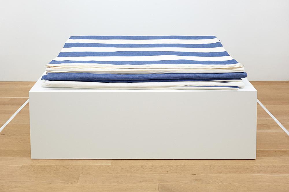 """Daniel Buren – """"Peinture-Sculpture"""", 1971 paint on white and blue striped cotton canvas 20 x 10 meters installed, folded 15 x 130 x 89 cm"""