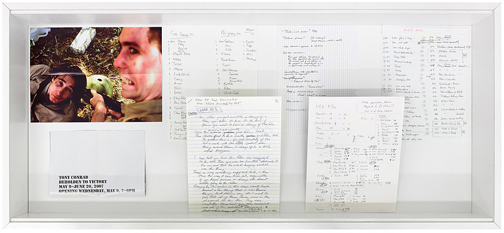 Tony Conrad – Vitrine with notes, reference material, photographs related to the production of Beholden to Victory from the private archive of Tony Conrad installation view Galerie Buchholz, Köln 2016