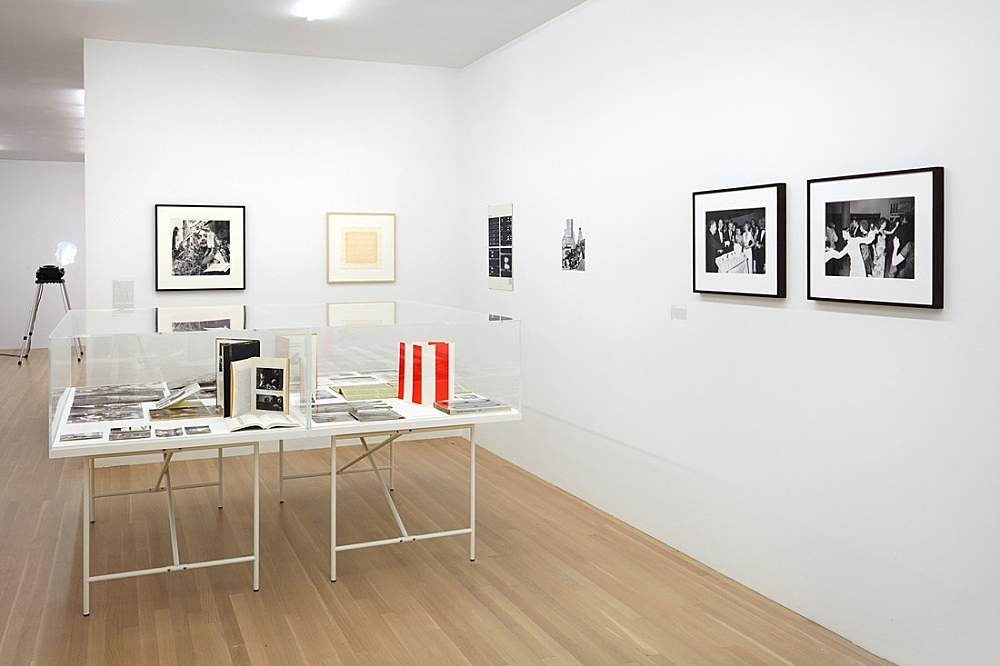 Douglas Crimp – Before Pictures New York City 1967-1977 – installation view Galerie Buchholz, New York 2016