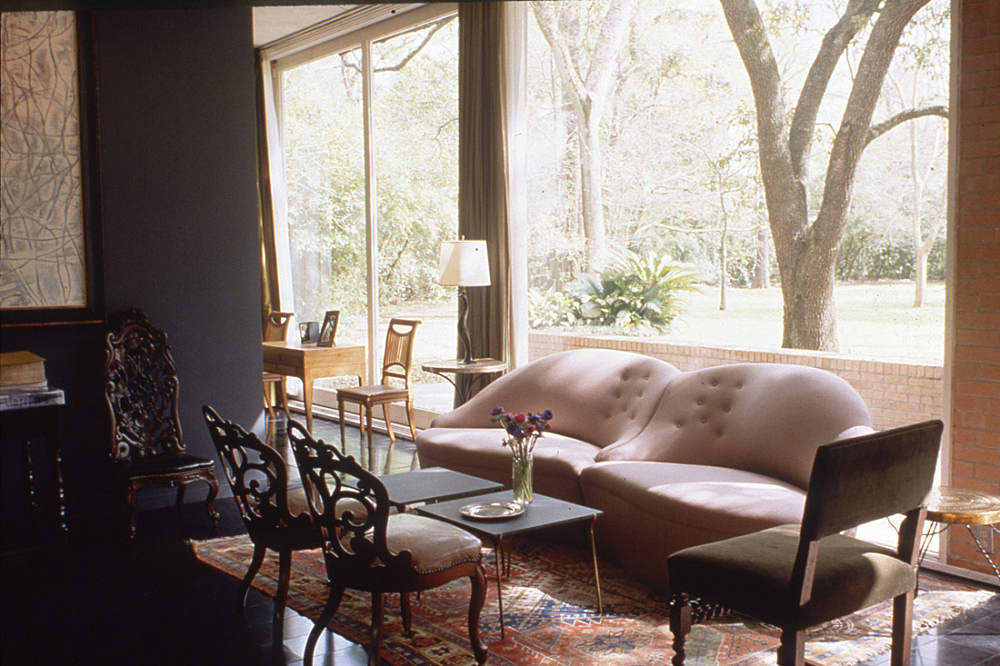 – Photograph of the interior of the DeMenil House in Houston Texas interior design Charles James architect Philip Johnson