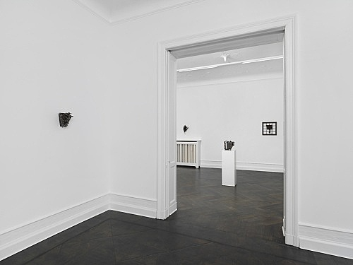 Melvin Edwards – installation view Galerie Buchholz, Berlin 2017