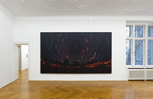Jack Goldstein – Untitled, 1983 acrylic on canvas 244 x 430 x 5 cm installation view Galerie Buchholz, Berlin 2017